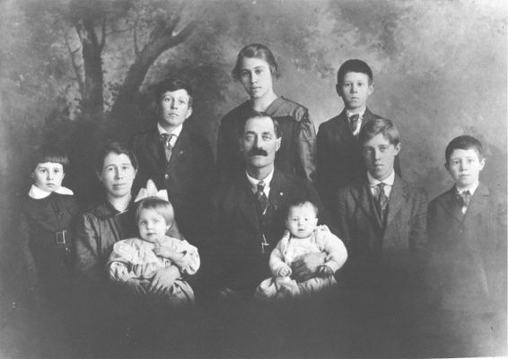 Mack and Laura Cheek Family